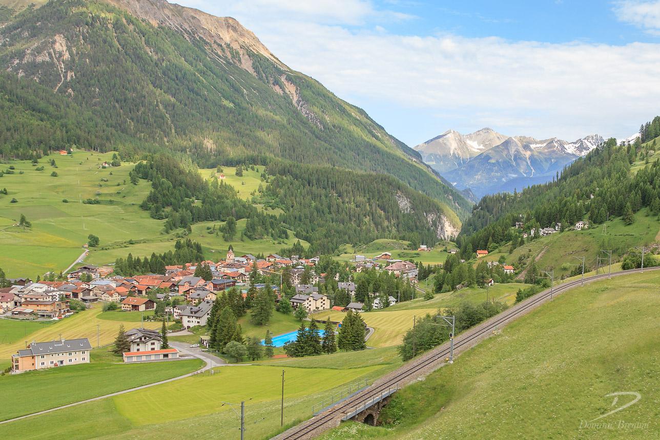 Bergün/Bravuogn, a picturesque village in an Alpine valley